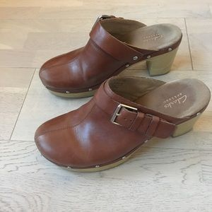 Clarks leather clogs with heel strap size 8